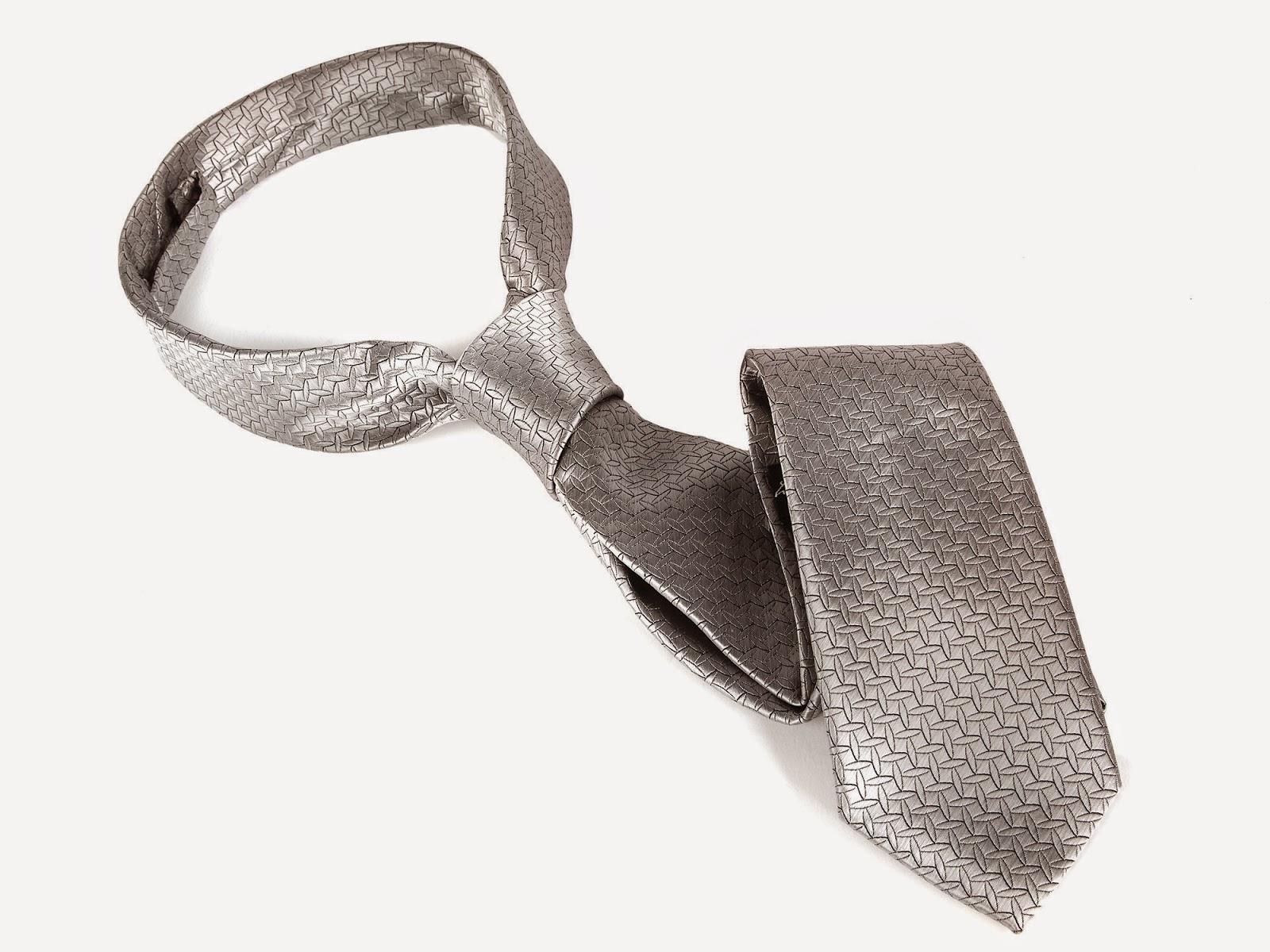 Wiązanie krawata (4)